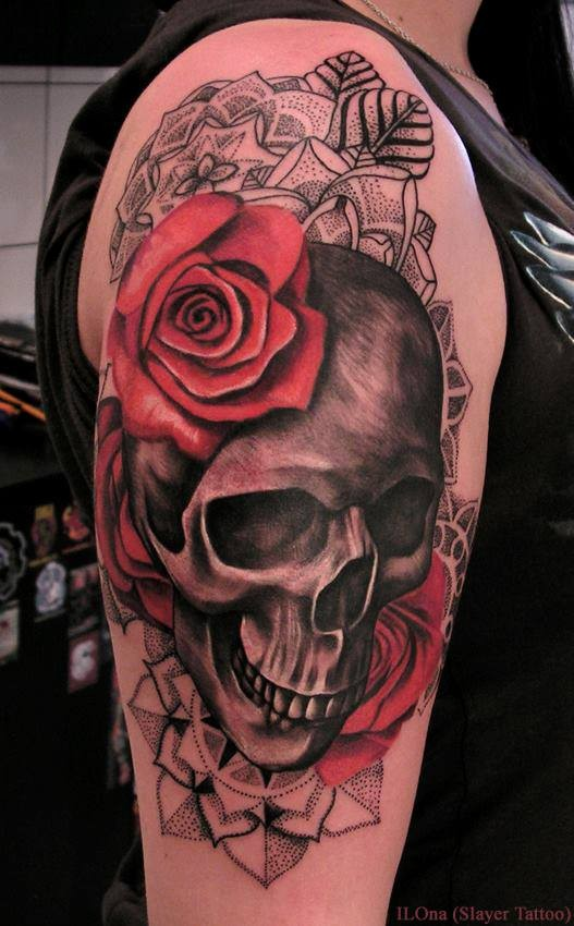 Black And White Rose And Skull Tattoos Skull With Red Roses And Black