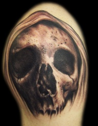Skull tattoo by hatefulss